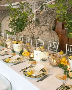 40 Awesome Wedding Table Decoration Ideas to Love These trendy Home Decor ideas would gain you amazing compliments. Check out our gallery for more ideas these are trendy this year. Wedding Table, Diy Wedding, Wedding Day, Sorrento Weddings, Marriage Reception, Wedding Receptions, Lemon Party, Amalfi Coast Wedding, Wedding Decorations