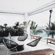 Acapulco Lounge
