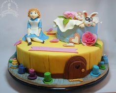 Children cake Alice in wonderland
