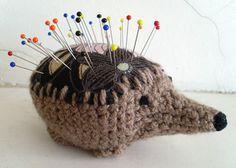 Hedgehog pincushion, free #crochet pattern from Cult of Crochet.