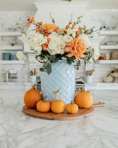 Fall Floral Arrangements, Floral Centerpieces, Fall Bedroom, Highland Homes, Porch Decorating, Holiday Decorating, Decorating Ideas, Decor Ideas, Autumn Garden