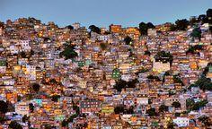 """Rocinha, """"Maior comunidade das Américas"""", no Rio de Janeiro  http://en.wikipedia.org/wiki/Rocinha"""