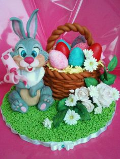 - Cake by Emanuela Easter Cake Toppers, Easter Cupcakes, Easter Treats, Easter Desserts, Biscuit, Cake Decorating Classes, Valentine Cake, Novelty Cakes, Holiday Cakes