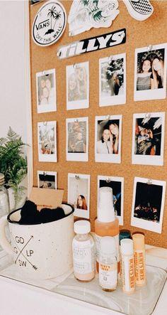 ℙ𝕚𝕟𝕥𝕖𝕣𝕖𝕤𝕥: ✰ 𝙰𝚞𝚍𝚛𝚎𝚢 ✰ - ✰ My Crib ✰ - Dekoration Cute Room Ideas, Cute Room Decor, Wall Decor, Wall Art, Dream Rooms, Dream Bedroom, My New Room, My Room, Dorm Room