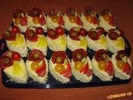Semifreda - slaná varianta Mini Cupcakes, Desserts, Food, Tailgate Desserts, Deserts, Meals, Dessert, Yemek, Eten