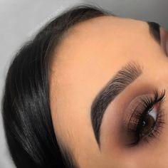 Gorgeous Makeup: Tips and Tricks With Eye Makeup and Eyeshadow – Makeup Design Ideas Makeup Eye Looks, Blue Eye Makeup, Eye Makeup Tips, Cute Makeup, Makeup Goals, Glam Makeup, Gorgeous Makeup, Pretty Makeup, Simple Makeup