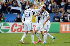 David Beckham Landon Donovan Photos: 2012 MLS Cup - Houston Dynamo v Los Angeles Galaxy