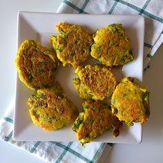 Há uns dias, tinha planeado fazer as pataniscas de grão do novo livro da Gabriela Oliveira – Cozinha vegetariana para quem quer ser saudável. Já tinha feito uma outra receita, já há muito tem…