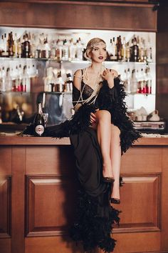 #makeup  #makeupideas  #makeup1920s #Make #up #ideas  Make up ideas red lips gatsby bar hotel black dress photoshoot 1920s style inspiration Идеи для фотосессии в стиле великий Гетсби 1920-е