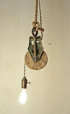 vintage_pulley_light