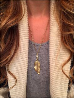Gold Leaf Necklace - elladolce