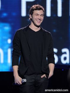 Phillip Phillips during his @American Idol Top 3 3rd performance