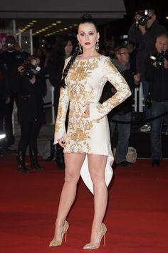 Katy Perry looks fierce at the NRJ Music Awards at Palais des Festivals in Cannes, France. Katy Perry Legs, Katy Perry Hot, Katy Perry Pictures, Palais Des Festivals, Beautiful Legs, Nice Dresses, Tight Dresses, Celebs, Breakfast At Tiffanys