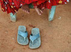 girls feet & sandles Cuban, Slip On, Sandals, Girls, Shoes, Fashion, Toddler Girls, Moda, Shoes Sandals