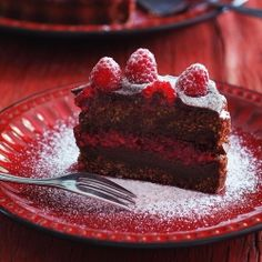 Delicious chocolate cake with fresh raspberries. (in Polish with Google Translate)