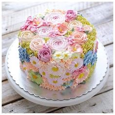 Gorgeous Cakes, Pretty Cakes, Cute Cakes, Amazing Cakes, Take The Cake, Love Cake, Rodjendanske Torte, Spring Cake, Gateaux Cake