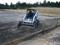 Building a horse-riding arena: Thinking outside the rectangle - Features - Horsetalk.co.nz