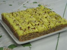 Traditional Norwegian Food: Confectionery Cake / Bar Recipe http://thecountrybasket.com/traditional-norwegian-food-confectionery-cake-bar-recipe/