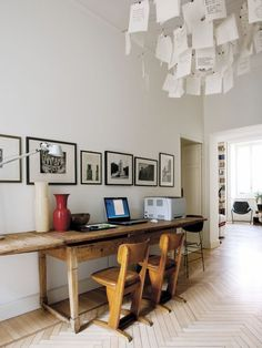 Home Interior Design .Home Interior Design Home Office Design, Modern House Design, World Of Interiors, Ingo Maurer, Old Desks, Design Apartment, Desk Areas, Desk Space, Deco Design