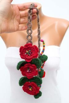 Turban Hat, Scarf, Beautiful Crochet, Free Items, Wooden Beads, Crochet Flowers, Crochet Stitches, Flower Art, Tatting