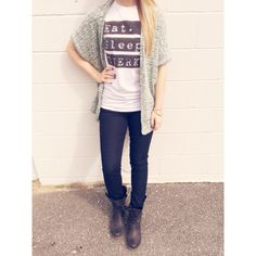 Inspired by Miley || Eat Sleep Twerk tshirt, PacSun oversized sweater, Express jeans, Steve Madden Brewzzer booties