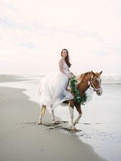white horse beach single jewish girls Two cute unicorn 3d print bedding sheet sets,100% cotton forest white unicorn horse kids duvet  beaded sea horse beach and ocean  black horse single/us twin .