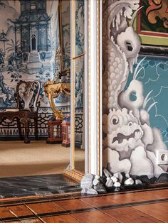 Chinoiserie… the style saloniste: Exclusive to The Style Saloniste: Painted Worlds, First Look — Michael Duté's Bold Brushstrokes Chinoiserie Wallpaper, Chinoiserie Chic, Fabric Wallpaper, Wall Wallpaper, Scenic Wallpaper, Decoration, Art Decor, Decor Ideas, Chinese Design