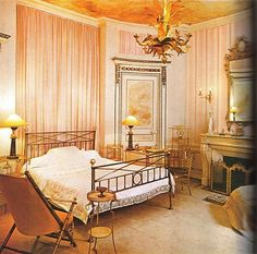 Paris bedroom of Madeleine Castaing.