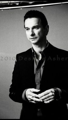 "Dave Gahan - Behind the scenes of ""Nostalgia"" video © Desiree Asher."