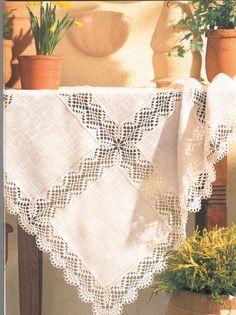 Spitzenküchengarnitur Tischdeckenmodelle - My CMS Crochet Shawl, Hand Crochet, Crochet Lace, Free Crochet, Diy Crafts Crochet, Diy And Crafts, Crochet Borders, Crochet Patterns, Fillet Crochet