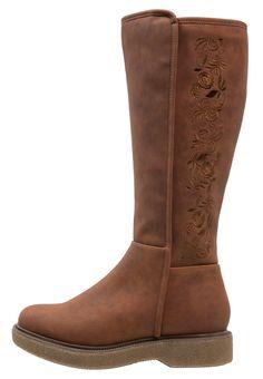 7a0c6a34dd038 ¡Consigue este tipo de botas con plataforma de Anna Field ahora! Haz clic  para