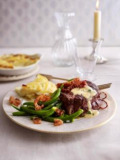 Beef Fillet Recipes, Potato Gratin Recipe, French Cognac, Popular Recipes, Main Meals, Main Dishes, Food And Drink, Yummy Food, Lunch