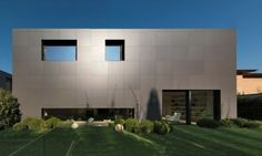 Sassuolo+House+by+Enrico+Lascone+Architects