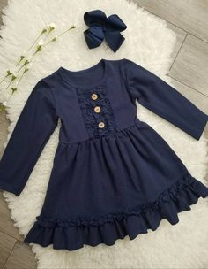 Stylish Dresses For Girls, Frocks For Girls, Little Girl Dresses, Girls Dresses, Baby Dresses, Baby Frocks Designs, Kids Frocks Design, Navy Dress Outfits, Girl Outfits
