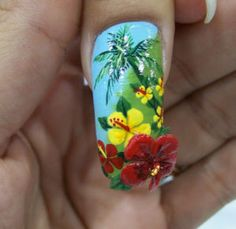 Tropical nail with hibiscus flower. Rock Nail Art, Rock Nails, Get Nails, Fancy Nails, 3d Nail Art, Pretty Nails, Flower Nail Designs, Flower Nail Art, Art Flowers