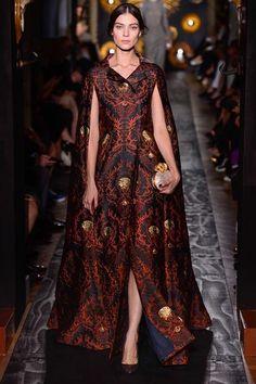 earlgreypeony:  Valentino Haute Couture Fall 2013