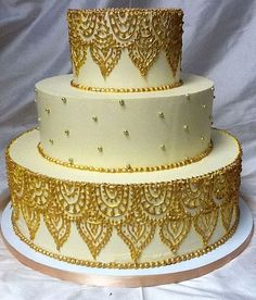 Henna Piping and Dragees Cake