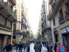 Diese Barcelona Apps sind besser als jeder Reiseführer. Restauranttipps, Museen und öffentliche Verkehrsmittel. Alle sind kostenlos.