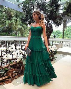 Espaguete Longo A linha Verde Chiffon Vestidos de baile, Vestidos de noite - Prom Dresses - Vestido de Festa Elegant Dresses, Pretty Dresses, Beautiful Dresses, Casual Dresses, Casual Outfits, Sparkly Dresses, Pretty Outfits, Dress Skirt, Dress Up