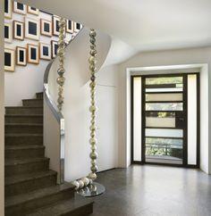 Architecte : Charles Zana, Sculpture : Peal necklace Jean Michel Othoniel, tableaux : Mc Collum