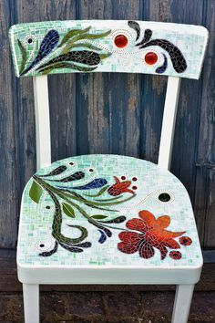 "Mosaico Del Sole: Mosaic chair ""flower power"""