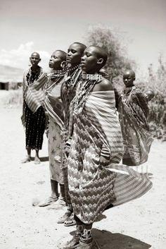 masai women dance
