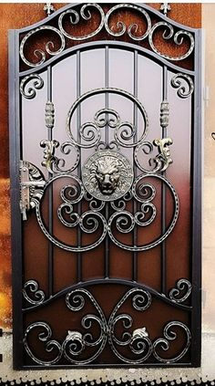Iron Gate Design, House Gate Design, Door Design, Wrought Iron Driveway Gates, Metal Garden Gates, Wrought Iron Security Doors, Wrought Iron Doors, Steel Railing Design, Metal Bending Tools