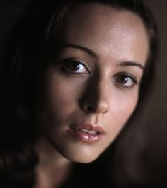 Amy Acker - Full Size