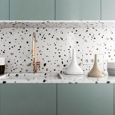 Can You Handle This Trend? - Terrazo - In case you didn't notice, the 'terrazzo' design trend is making a huge comeback this year, and we are already in love wi Deco Design, Küchen Design, Layout Design, House Design, Design Ideas, Design Inspiration, Kitchen Inspiration, Wall Design, Interior Desing