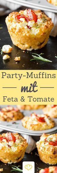 Der Hingucker auf deinem Partybuffet: Tomaten-Feta-Muffins! Denn Muffins können auch herzhaft! und wie!