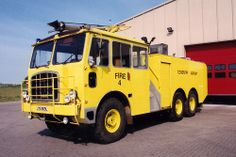 Thornycroft NM JYS669L ★。☆。JpM ENTERTAINMENT ☆。★。 Glasgow Airport, World On Fire, Fire Apparatus, Emergency Vehicles, Firefighting, Fire Dept, Fire Engine, Commercial Vehicle, Ambulance