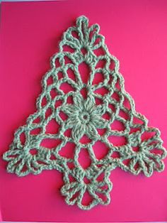 Celtic Knot Crochet Christmas Tree - no pattern that I can find, but very pretty!