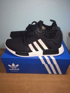 finest selection 914a9 14289 Adidas NMD R1 Runner Black Black Size 10 100 Authentic  eBay