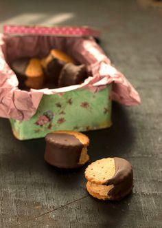 SANDWICH DE HELADO DE AVELLANAS Y CHOCOLATE | Sweet And Sour